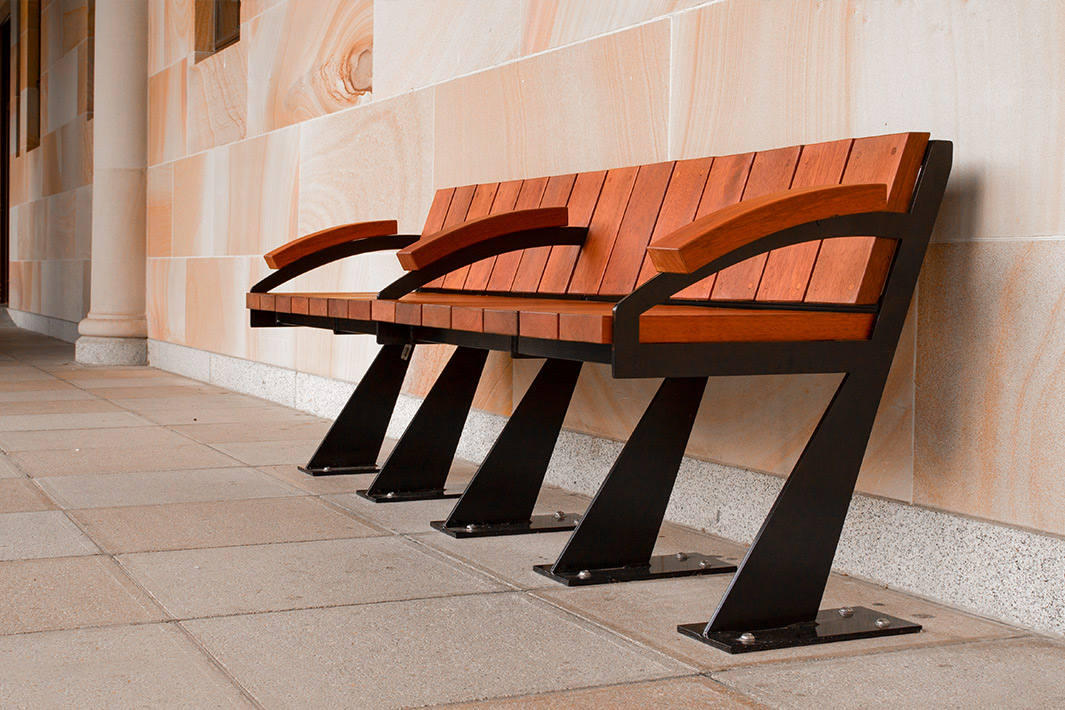 bench at uq great court