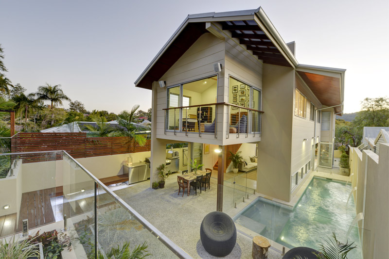balcony view of house in Crown Street, bardon